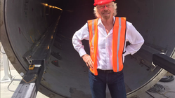 Virgin-milliardæren Richard Branson hiver seg på Hyperloop-prosjektet