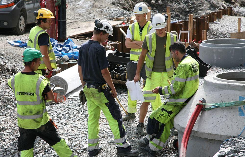Fra 1.1.2019 kan bemanningsbyråer kun ha faste ansatte med garantilønn til utleie på byggeplasser. Illustrasjonsfoto.