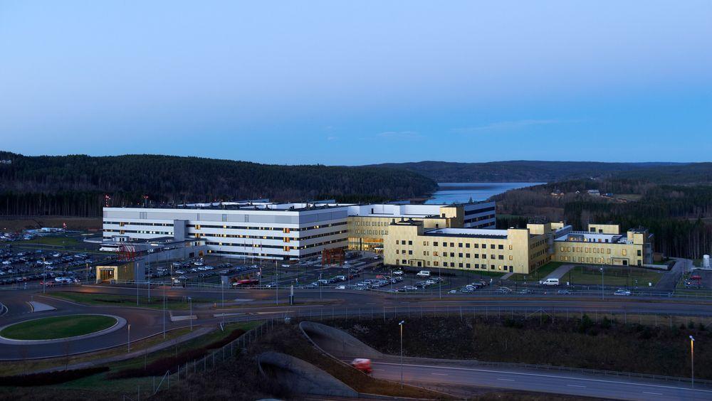 Sykehuset i Østfold et er av byggene som er feil lokalisert i henhold til retningslinjene.