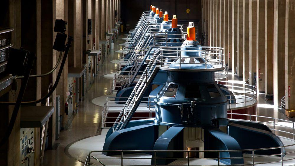 Det er enormt potensial for ny vannkraft i verden, viser ny rapport. Her fra Hoover dammen i USA.