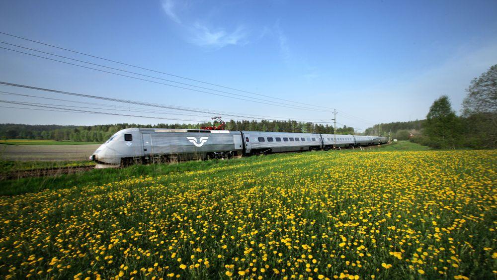 Svenske SJ har vunnet anbudet om å drifte sju togstrekninger i Norge.