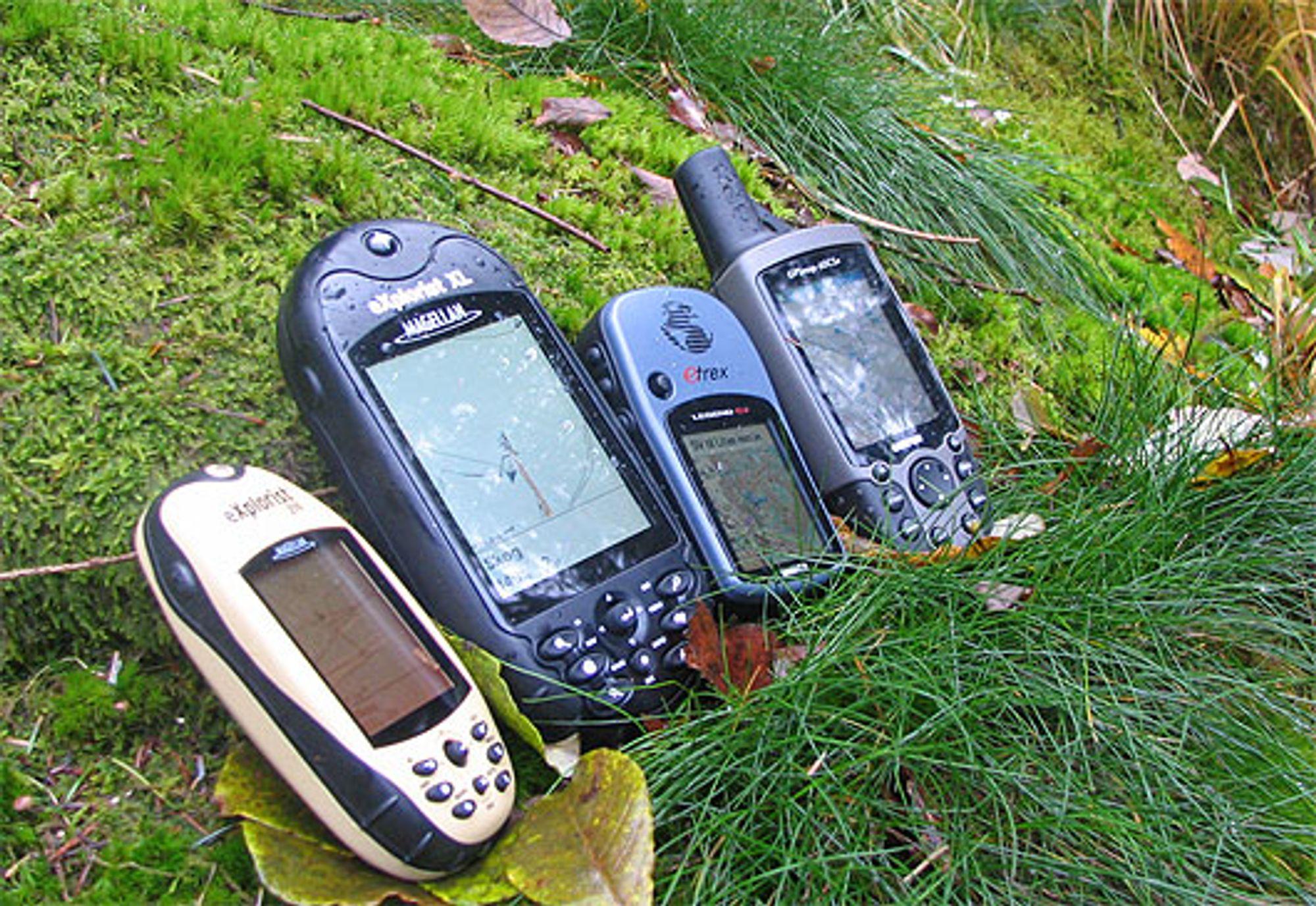 Fire GPS-er til skog og mark. (Alle foto: Marius Valle)