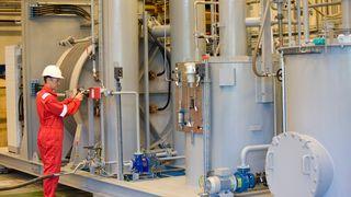 Norske hydrogen-gründere satser 150 millioner - bygger ny fabrikk på Notodden