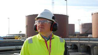Oljegigantenes exit fra sokkelen kan egentlig styrke Statoil. Hvorfor bekymrer Eldar Sætre seg da?