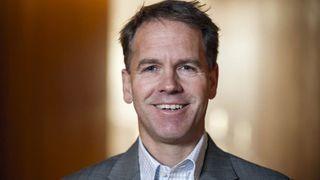 Tidligere Edda Media-topp Andreas Norvik (48) blir økonomidirektør i NRK