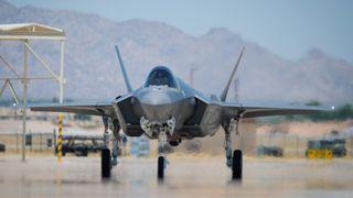 Den som vil se F-35 lande i Norge for første gang, må snart dra til Ørland