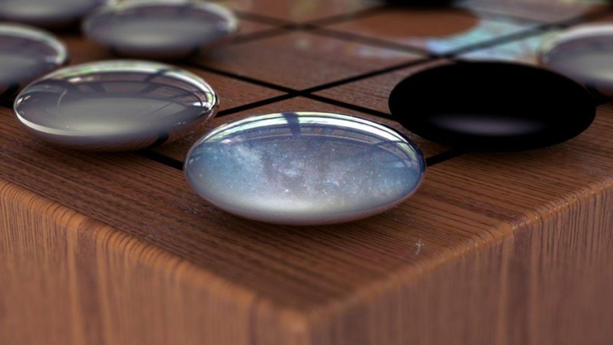 Brettspillet Go har 10^170 mulige kombinasjoner. Den nye versjonen av AlphaGo har lært seg selv spillet uten noen som helst form for menneskelig hjelp, og er nå udiskutabelt verdens beste Go-spiller.