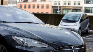 Tesla bygger fabrikk i Shanghai
