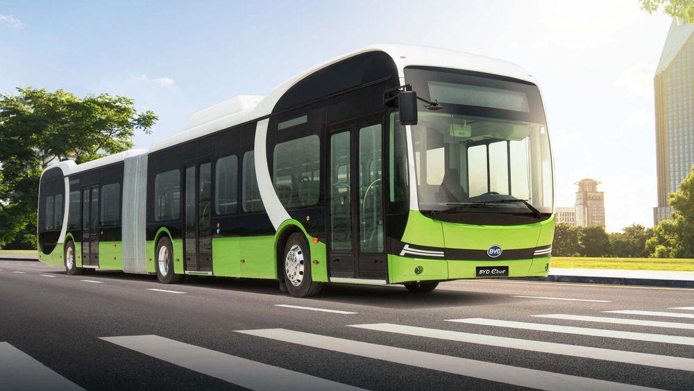Leddbuss: Når batteribussen blir 18 meter lang blir den en leddbuss.