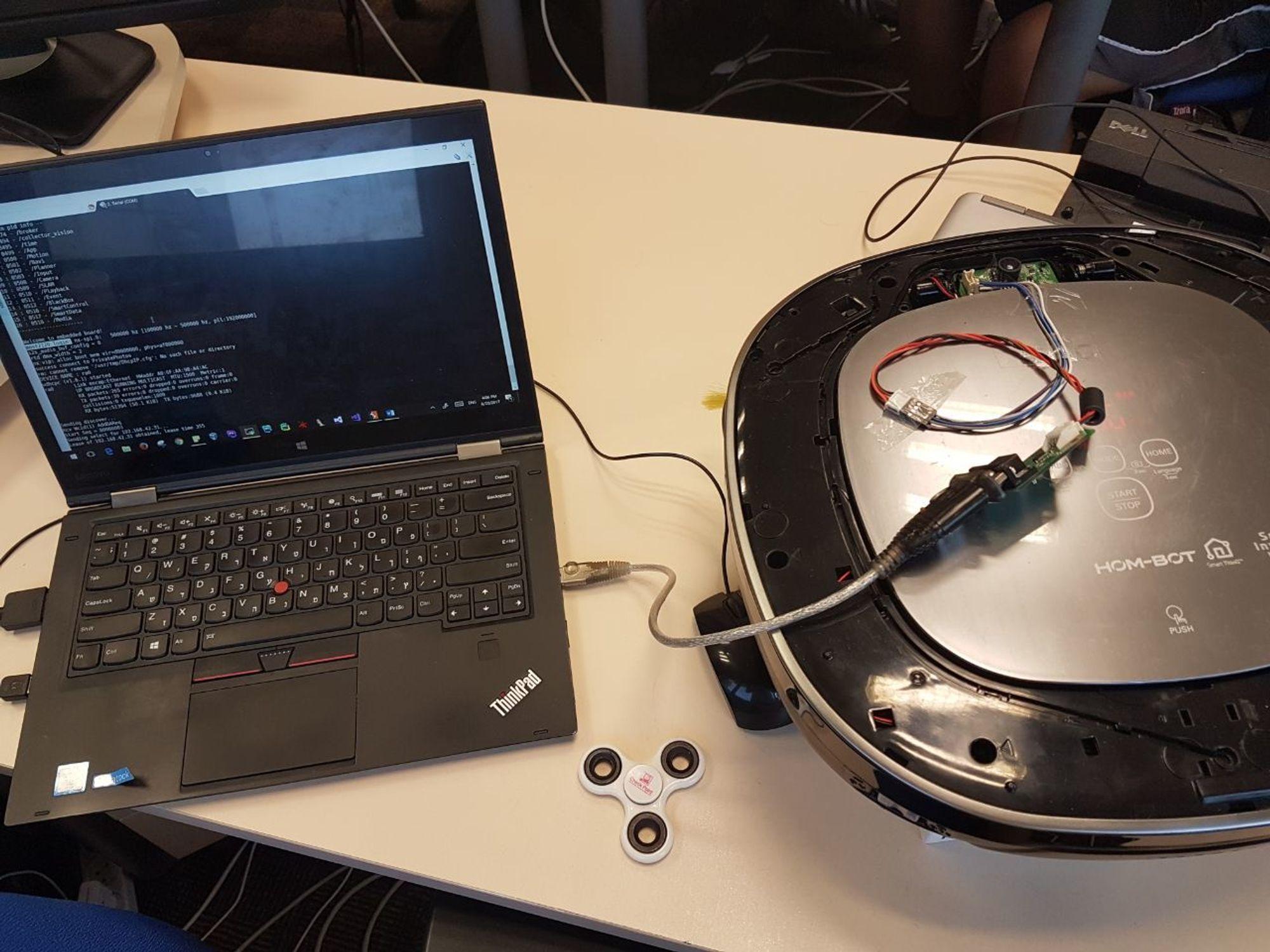 Check Point fikk tilgang til andre brukeres Hom-Bot-støvsugere ved å fjerne sikkerhetsmekanismer fra den tilhørende appen.