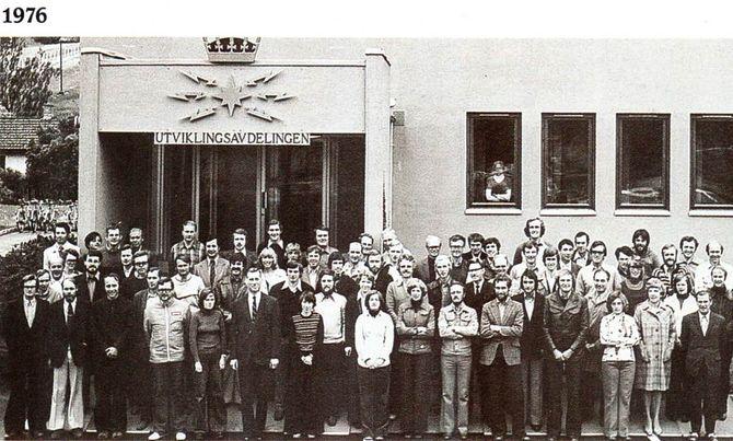 I eget hus: I 1976 flyttet Televerkets forskningsinstitutt inn i egen bygning på Kjeller. Da var antallet forskere vokst betydelig.