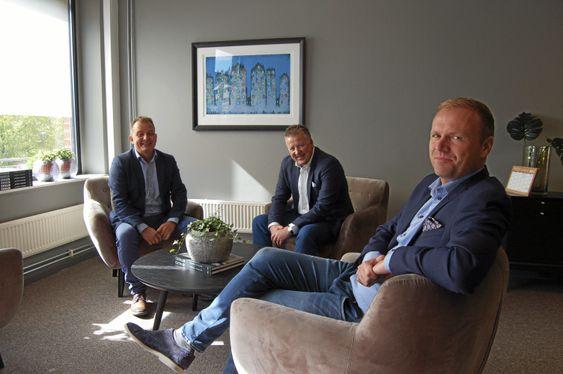 SAMMEN MED GODE KOLLEGAER: Her er Ped Edmund Mordt sammen med Attentur-kollegaene Bent André Norderhaug og Kjell Ove Loeshagen.