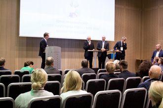 Ståle Kyllingstad i IKM, Tor Moen i ABB og Arne Eik i Statoil Hywind.