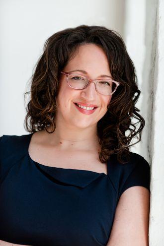 Amy Webb er en amerikansk teknologiviter. Hun jobber blant annet som skribent for mange av de største magasinene i USA.