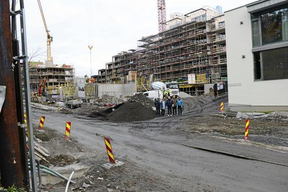 BYGGEPLASS: Ormerudveien 6 ligger midt i utbyggingsfeltet. Plassert mellom Hengende Hage, Kolbotn Hage og Skaret.
