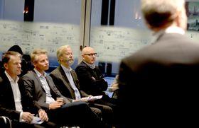 Fra venstre: Finansdirektør Trond Berger, markedsplassdirektør Sondre Gravir, styreleder Ole Jacob Sunde og avtroppende Schibsted Norge-sjef Didrik Munch.