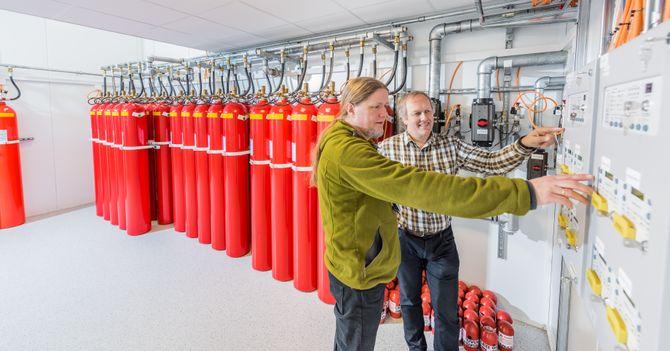 Brannvarslings- og slukkeanlegg er noe av det som er inkludert i et «nøkkelferdig» datasenter. Bildet er fra Basefarms datasenter på Lørenskog.