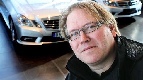 PR-sjef Stein Pettersen i Opel sier de har full forståelse for at kundene er sinte og frustrerte i dag.
