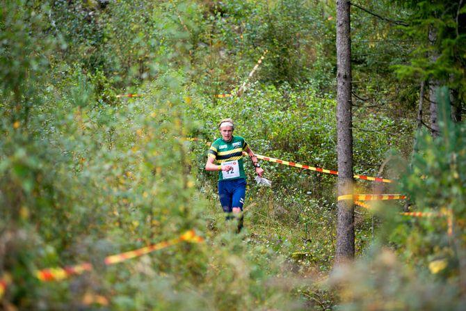 VM-mål: Jon Aukrust Osmoens store mål denne sesongen var å få løpe VM i Estland i juli. Han var med i troppen som reserve, men fikk ikke løpt. Nå håper han å avansere i troppen til VM i Latvia neste år, før VM kommer til Norge om to år. Bildet er fra NM langdistanse i Halden i september – i terreng som også er VM-aktuelt i 2019.