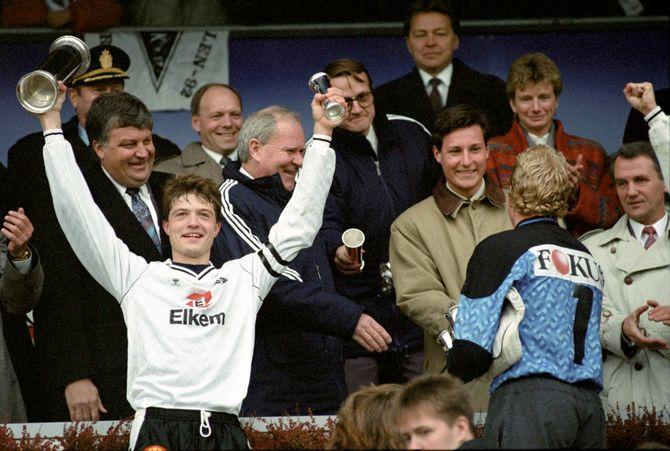 I 1992 slo Rosenborg Lillestrøm 3-2 i cupfinalen, og Karl-Petter Løken kunne feire sitt tredje av fire cupseiere for Rosenborg. Han var også med å bli cupmester i 1988, 1990 og 1995.