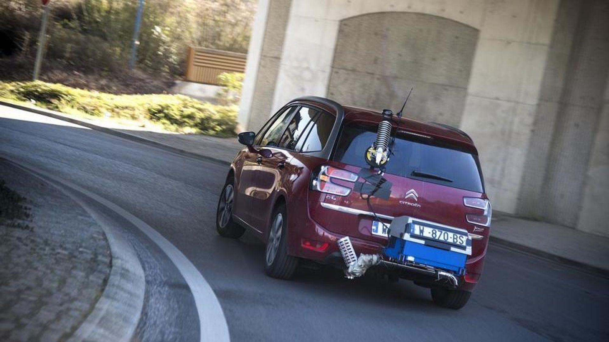 Europeiske biler kommer til å møte et strengere testregime de kommende årene, blant annet med måling av reelt utslipp fra kjøring på vei.
