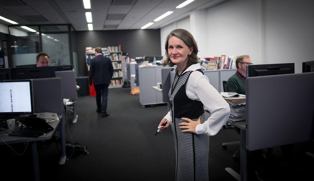 Hanne og gutta: Hanne Skartveit har ansvaret for åtte personer i sin avdeling.