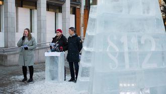 Klimasøksmålet pågår i Oslo tingrett, hvor Greenpeace og Natur og ungdom, med støtte fra Besteforeldrenes klimaaksjon, har saksøkt staten fordi de mener tildelingen av 23. konsesjonsrunde strider imot paragraf 112, miljøparagrafen i Grunnloven.