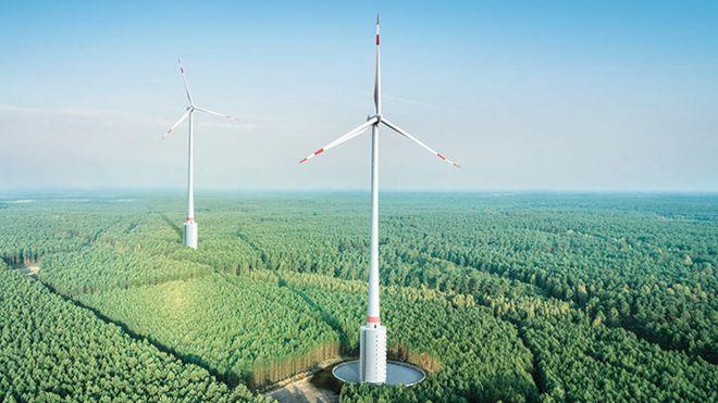 Verdens høyeste vindmølle produserer strøm også når vinden ikke blåser