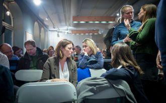 Organisasjons- og kommunikasjonsdirektør Sarah Willand i TV 2. .