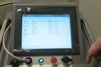 Datastyrt: Alle maskinene har en innebygget PC som styrer og overvåker desinfeksjonsprosessen og sender resultatene til Decon-X nettsky.
