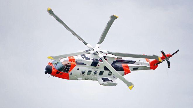 Sju måneder på overtid: Nå kommer det nye redningshelikopteret til Norge