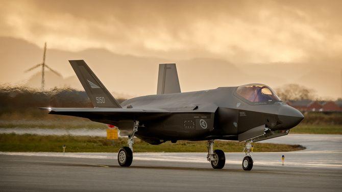 Et av de tre første norske F-35A (AM-10) uten påmontert bremseskjerm.