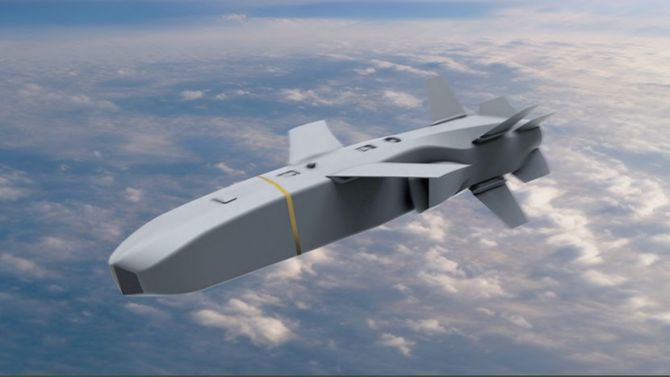 Det tyrkiske missilet SOM-J kan bli en konkurrent for JSM i buken på F-35 etter hvert.