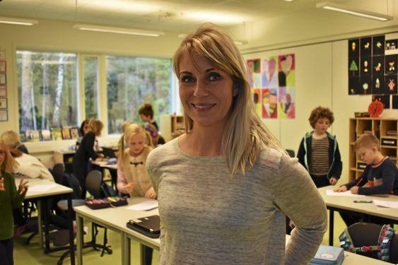 VIKTIG VERKTØY: – Vi har fått mange gode samtaler ut av dette, og elevene er reflekterte, forteller kontaktlærer i klasse 4B ved Tårnåsen skole, Ane Lind Forbergskog.