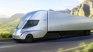 Teslas fartsmonster har 800 kilometer rekkevidde