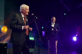 Dr.philos. Gisle Bjøntegaard ble tildelt Norwegian Tech Awards hederspris 2017.