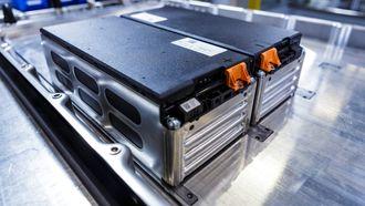 Batteriene skal kunne kobles sammen parallellt for nær uendelig kapasitet.