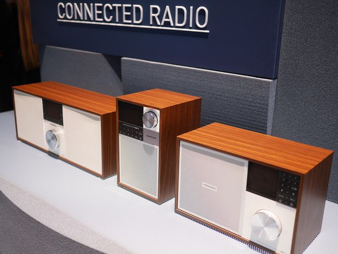 Connected Radio ble vist i Norge allerede i mars, og nå er radioen med dab+ klare for den norske handelen. Foto: Stian Sønsteng