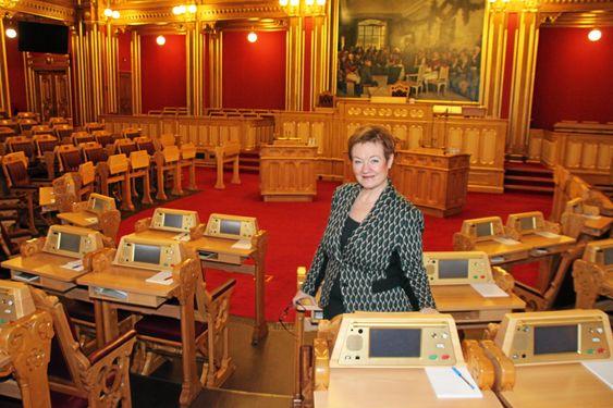 SLUTT: – Jeg føler en ærefrykt hver gang jeg går inn i Stortingssalen, sier Graham. I fjor var hennes siste periode her inne som stortingsrepresentant.