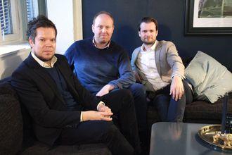 Fra venstre: Utviklingsdirektør Jørn Korbi i MTG Ignite, Storm-partner Odd Einar Kaase og Ole Peder Henriksen, Head of Creative content i MTG TV.