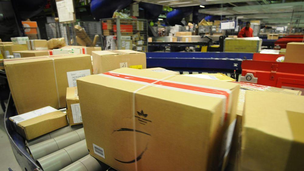 7baa65f6 Det er ikke bare store pakker fra norske nettbutikker som nå fyller Postens  logistikksystemer. Også