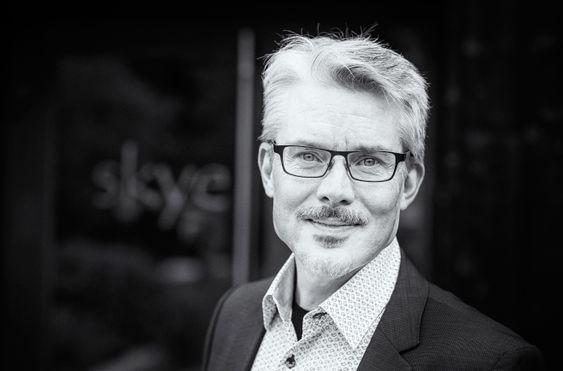 I følge leder Stephan Nilsson i Norges Bitcoin- og Blockchainforeningen fungerer bruken av Bitcoin som en organisert, men uavhengig og desentralisert markedsplass.