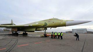 Russlands nybygde supersoniske bombefly skal i snart i lufta