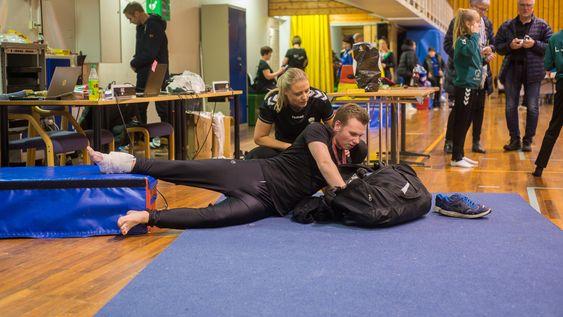 UHELDIG: Det siste hoppet i heile konkurransen enda i skade for Kevin Sørhaug frå Jotun.