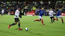 FINT DRIV: Chidi Nwakali var tilbake for Sogndal og gjorde ein god figur på midtbana. I andre omgang skåra han 5-2 og sikra kvalikplassen for Sogndal.