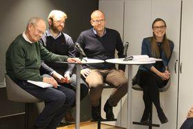 DEBATT: Forskarane bak rapporten deltok òg i paneldebatten på seminaret. Frå venstre: Thor bjørklund, Bjarte Folkestad, Jan Erling Klausen og Signe Bock Segaard.