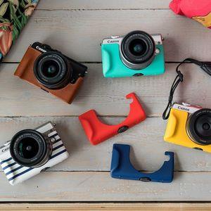 Kameraet kommer i flere fargeutgaver, og Canon har flere kameraetuier i friske farger for å