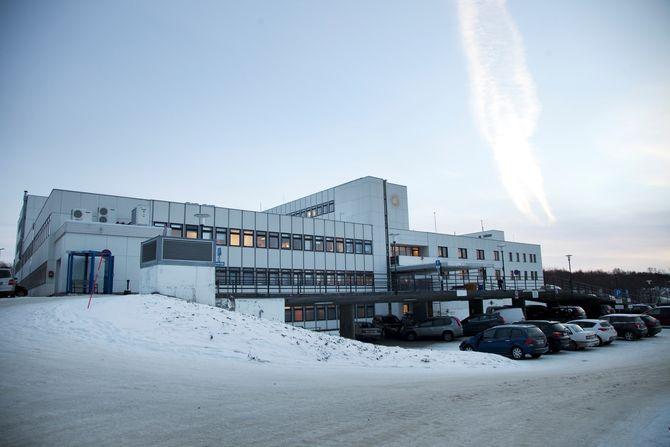 Det lille sykehuset i Kirkenes har tatt imot opp mot hundre flytninger om dagen for tuberkulosescreening. (Foto: Aurora Hannisdal)