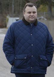 TABBE: Ordfører Thomas Sjøvold mener Ruter gjorde en tabbe da de satte inn busser uten belter.