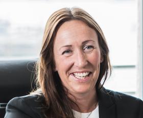 Therese er advokat med 12 års erfaring fra flere ulike fagområder innen eiendom. Hun ble ansatt som eiendomssjef i Malling & Co april 2016, med overordnet ansvar for et forvaltningsteam og de eiendommene de forvalter.